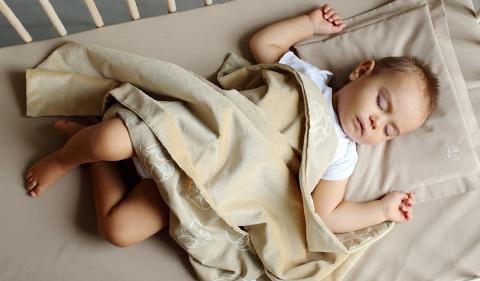 Бебешки спален комплект от Бебетех